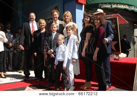 LOS ANGELES - MAR 24:  Will Ferrell and family Will Ferrell Hollywood Walk of Fame Star Ceremony at the Hollywood Boulevard on March 24, 2015 in Los Angeles, CA