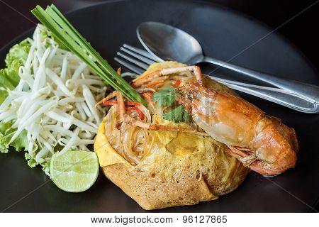 Pad Thai, Fry Noodles With Shrimp