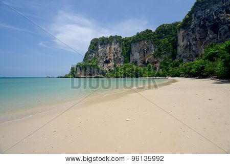 THAILAND KRABI RAILAY BEACH