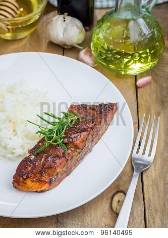 Baked Salmon Fillet In Balsamic-honey Sauce With Rice