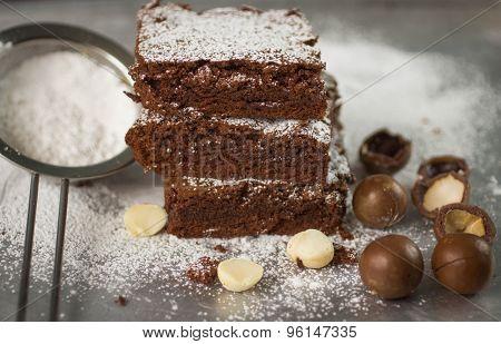 Brownie. Chocolate cakes with  macadamia