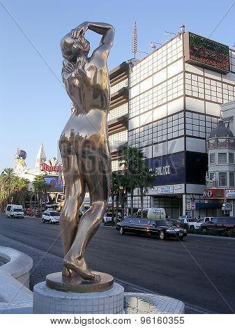 Las Vegas Gold Statue 2004