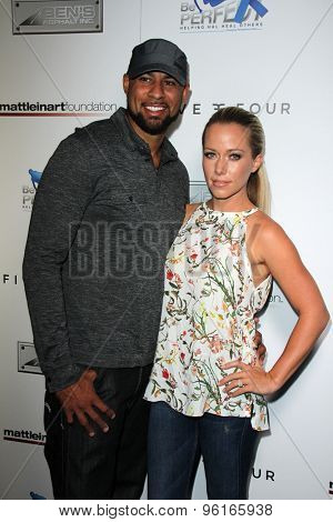 SAN DIEGO - JUL 16:  Kendra Wilkinson, Hank Baskett at the 9th Annual Celebrity Bowl for Charity at the Lucky Strike on July 16, 2015 in Los Angeles, CA