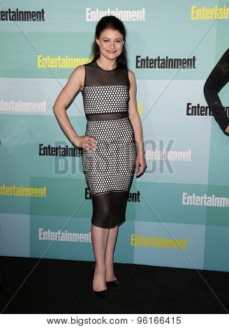 SAN DIEGO - JUL 11:  Emily De Ravin at the Entertainment Weekly's Annual Comic-Con Party at the FLOAT at The Hard Rock Hotel  on July 11, 2015 in San Diego, CA