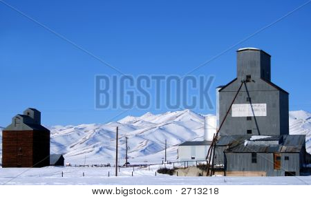 Camas County Elevators