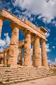 picture of sicily  - Ruins of greek temple - JPG