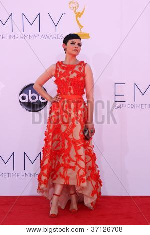 LOS ANGELES - SEP 23:  Ginnifer Goodwin arrives at the 2012 Emmy Awards at Nokia Theater on September 23, 2012 in Los Angeles, CA