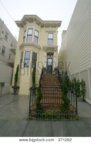 Yellow Victorian In San Fracisco