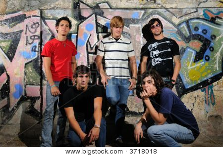 Trendy Teen Group