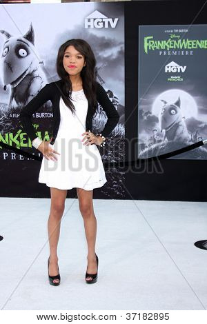 LOS ANGELES - SEP 24:  Teala Dunn arrives at the