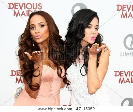 LOS ANGELES - JUN 17:  Dania Ramirez, Edy Ganem arrives at the