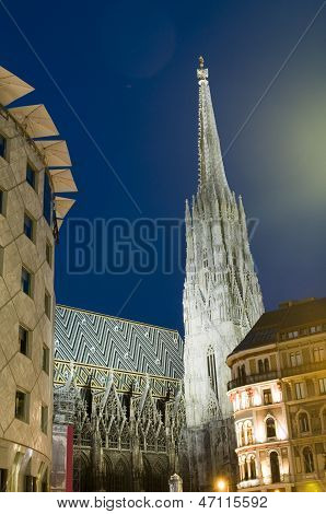 St. Stephens Cathedral  Stephansplatz Night Scene Vienna Austria Europe