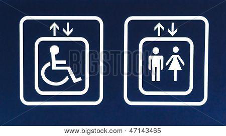 General Y Handicap Ascensor Accesible Se Al Closeup Fotos