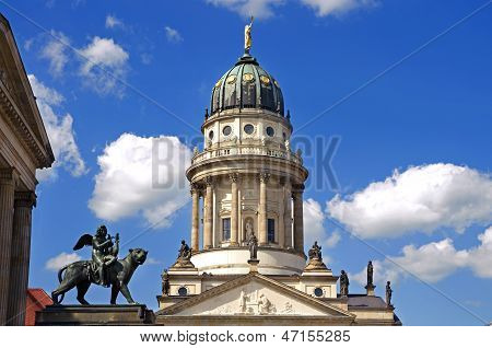 Berlin Gendarmenmarkt Löwe