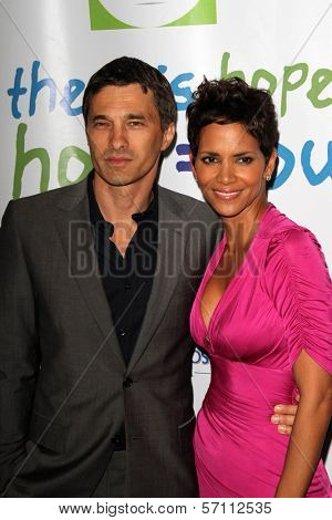 Olivier Martinez and Halle Berry at the Silver Rose Awards Gala, Beverly Hills Hotel, Beverly Hills, CA. 04-17-11