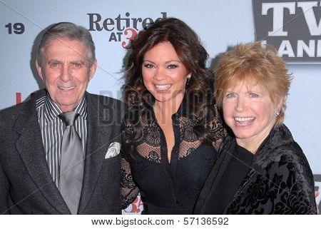 Pat Harrington Jr., Valerie Bertinelli, Bonnie Franklin at the