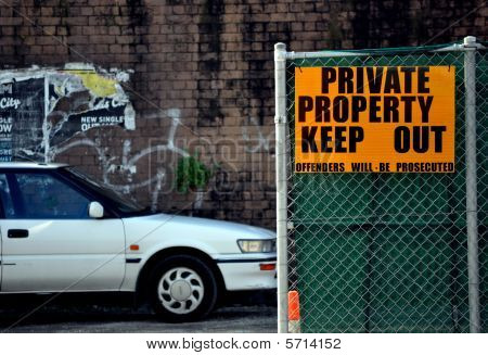 Private Property Keep Out
