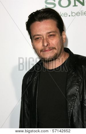 Edward Furlong  at