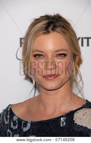 Amy Smart  at the 2011 Art Of Elysium