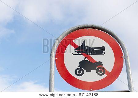 Greenlandic Street Sign