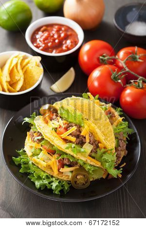 mexican taco shells with beef and vegetables