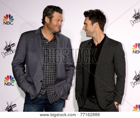 LOS ANGELES - NOV 24:  Blake Shelton, Adam Levine at the