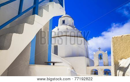 Santorini - unique cycladic architectural details