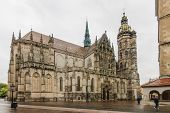 foto of dom  - The gothic dom in the city of Kosice - JPG