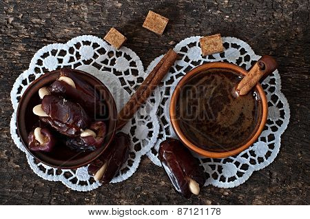 aromatic coffee and eastern dates