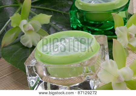 Green Orchids And Moisturising Cream