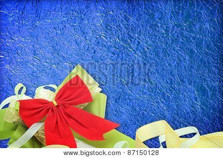 Shiny Blue Leaf With Ribbon