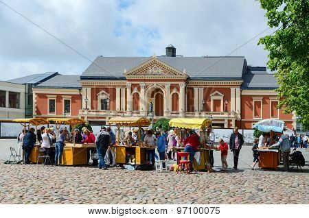 Trade Of Souvenirs And Amber At Theater Square Near Drama Theatre, Klaipeda, Lithuania