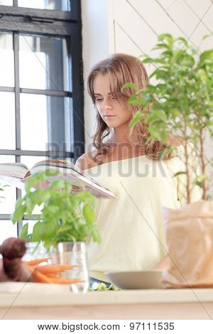Cooking frame. Woman in the kitchen