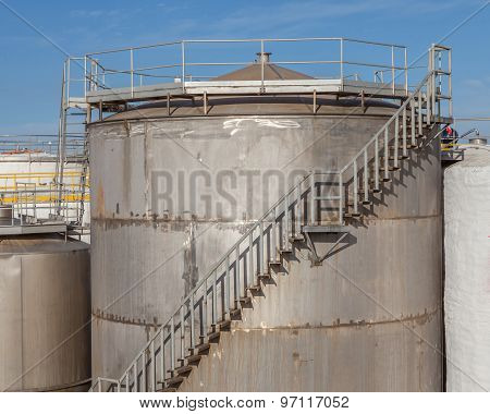 Large Metal Industrial Tanks For Petrol And Oil Of Refinery Industry.