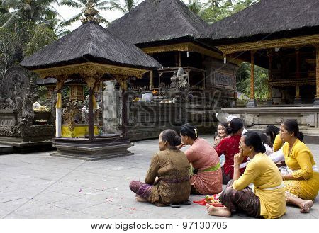 Group Of Balinese People At Tirta Empul Site