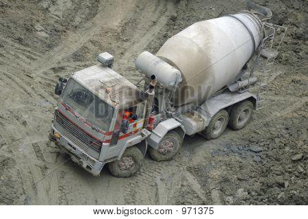 Grungy Lorry