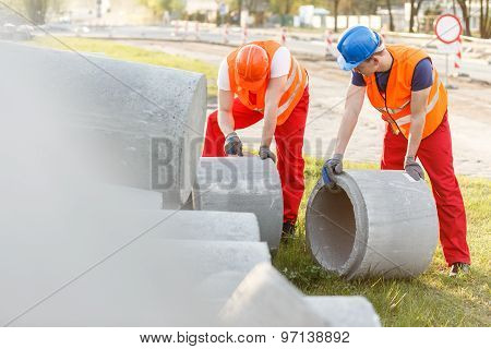 Rolling Concrete Pipes
