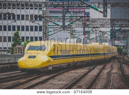 Doctor Yellow The high-speed test trains