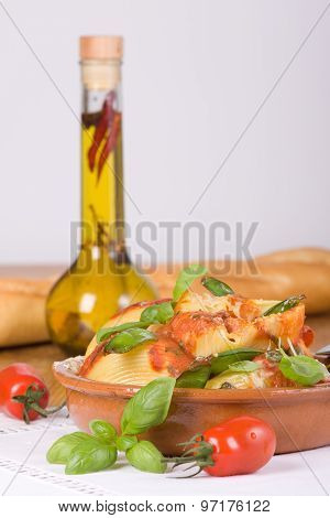 Lumaconi With Oil