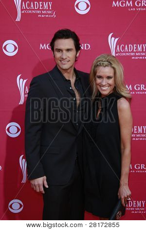LAS VEGAS - APRIL 5: Joe Nichols; Heather Nichols at the 44th annual Academy Of Country Music Awards held at the MGM Grand on April 5, 2009 in Las Vegas, Nevada