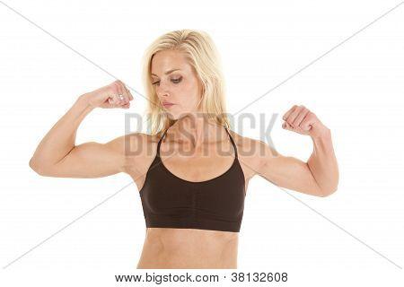 Woman Black Sports Bra Flex