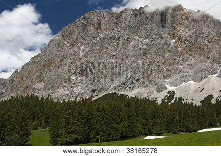 Wetterstein mountain range Ehrwald Tyrol Austria