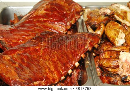 Bbq Ribs And Chicken In A Buffet Line