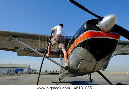 Fueling an Airplane
