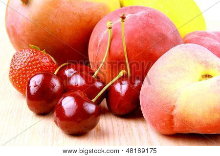 Platt Peach, Cherries, Strawberries, Lemon And Mango,