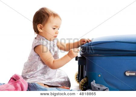 Ggirl Zipping Suitcase