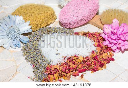 Heart Of Rose Petals, Lavender And Bath Crystals