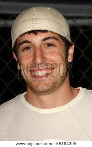 Jason Biggs at the Los Angeles Party for