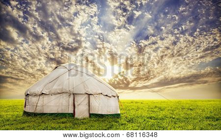 Urta Nomadic House In Steppe
