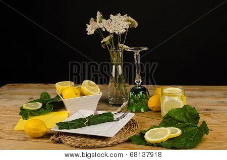 Summery Table Setting